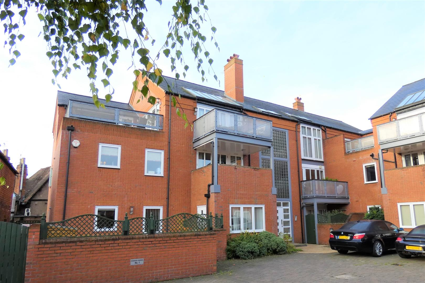 2 Bedrooms Apartment Flat for sale in Printers Place, Stratford upon Avon